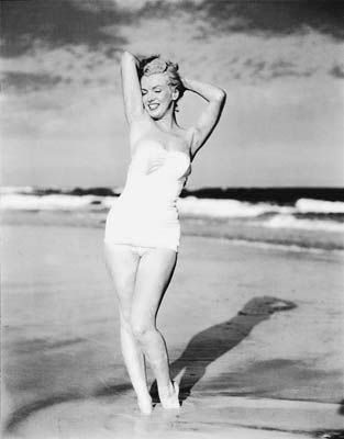 MARILYN-BEACH